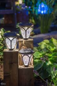 Solar Panel Landscape Lighting Diy Cedar Cube Landscape Lights Diy Solar Outdoor Lights How