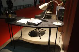 Wire Computer Desk Hints For Choosing A Modern Computer Desk That Suits Your Style