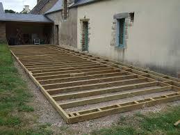 terrasse en bois suspendue spot terrasse bois
