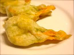 fiori di zucca fritti in pastella fiori di zucca fritti alla romana fashionbean