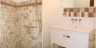 salle de bain chambre d hotes l escale provençale une chambre d hotes dans le var en provence
