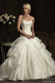 wedding dress 2012 bridals wedding dresses 2012 wedding inspirasi