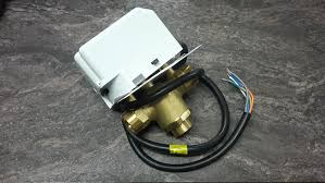 drayton ma1 22mm 3 port mid position motorised valve drayton