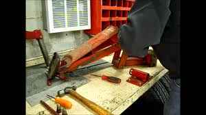 Sears Hydraulic Jack Parts by How To Reseal A Leaking 2 Ton Snap On Jack Part 1 Youtube