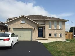 help with exterior colors to go with beige peach brick