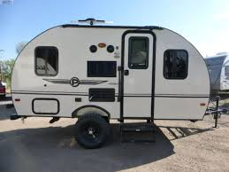 offroad travel trailers new palomini offroad trailer trailer features axle lift and 15