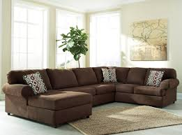 living room using elegant raymour and flanigan living room sets