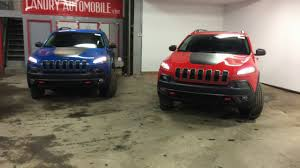 red jeep cherokee 2017 jeep cherokee new colors firecracker red u0026 hydro blue youtube
