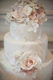 wedding cakes vintage wedding cakes with bunting how to choose