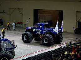 bigfoot monster truck videos youtube bigfoot monster truck museum uvan us