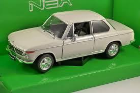 bmw 2002 model car bmw 2002 ti in beige 1 24 scale model by welly