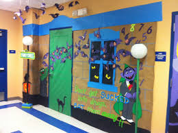 cute halloween door decorations