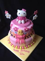 hello kitty 2 layer birthday cakes cute hello kitty birthday