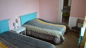 normes chambres d hotes hôtels sous le poids des normes certains abdiquent