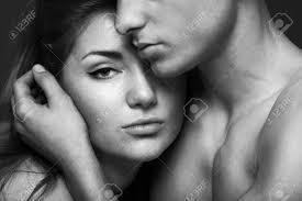 tableau portrait noir et blanc portrait passion d u0027un couple dans l u0027amour noir et blanc banque d