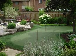 Small Backyard Putting Green Triyae Com U003d Putting Green Backyard Toronto Various Design
