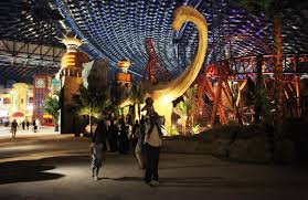 Six Flags October Dubai Spent 1 Billion Building The Largest Indoor Theme Park On