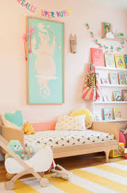 Girls Pink Bedroom Wallpaper by Best 25 Pink Aqua Bedroom Ideas On Pinterest Coral Aqua Nursery