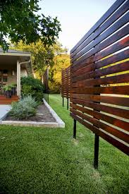Inexpensive Backyard Privacy Ideas Diy Backyard Privacy Fence Ideas On A Budget 17 Backyard