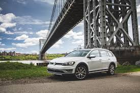 volkswagen 2017 2017 volkswagen golf alltrack one week review automobile magazine