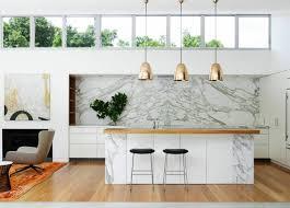 ilot cuisine table cuisine îlot central élégance et luxe dans votre espace 31 idées