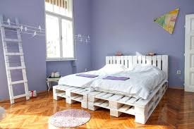 Pallet Platform Bed Bed Out Of Pallets Beefy Wooden Pallet Bed Bed Pallets Diy Selv Me