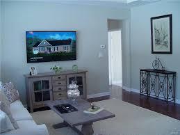 livingroom gg 23 woodmere circle goshen property listing mls 4742245