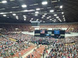 bernie sanders expected to draw 9500 at wisconsin rally politics