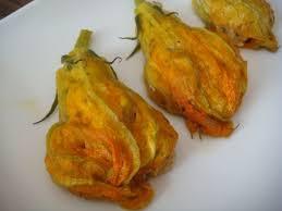 cuisiner fleurs de courgettes fleurs de courgettes farcies astuces et recettes de cuisine