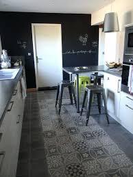 tapis sol cuisine tapis sol cuisine sol carreaux de ciment avec cracation dune zone