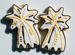 New Year S Decorated Cookies by 100 Best New Year U0027s Themed Cookies Images On Pinterest Decorated