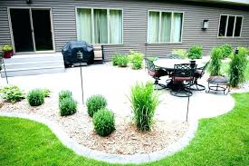 Inexpensive Backyard Landscaping Ideas Simple Landscaping Ideas On A Budget Gardening Backyard Ideas