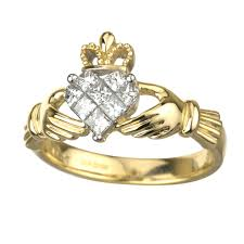 claddagh engagement ring solvar rings 14k gold diamond claddagh ring fallers jewelers