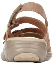 clarks collection women u0027s saylie medway flat sandals in natural lyst