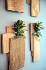 deco jardin a faire soi meme décoration murale bois à faire soi même u2013 20 idées créatives