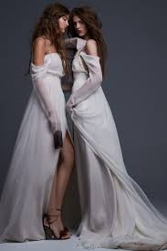 here are all 19 wedding dresses in vera wang u0027s new bridal