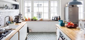 cuisine de loft 3 règles de base pour une cuisine tendance loft grazia