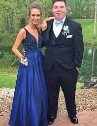 Formal Dresses With Pockets Stylish V Neck Sleeveless Long Royal Blue Prom Dress With Beading