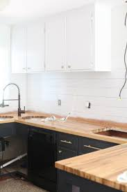 Painting Vs Staining Kitchen Cabinets Best 25 Refinished Kitchen Cabinets Ideas On Pinterest Painting