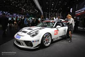 porsche 911 race car 2017 porsche 911 gt3 cup racecar is a full motorcycle lighter than