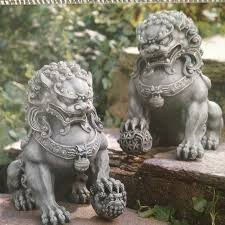 pictures of foo dogs best 25 foo dog ideas on foo dog tattoo monkey king