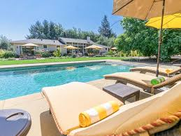 poolside 3br in wine country w cabana vrbo