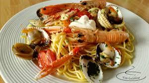 cuisiner des coques linguine à la sicilienne aux coques gambas et langoustines toc