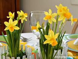 easter centerpiece my favorite easter centerpiece it s easy inexpensive
