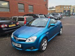 opel tigra 2017 2007 vauxhall tigra 1 4 good runner with history and mot in