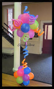 Elegant Balloon Centerpieces by 8 Best Neon And Uv Glowing Balloon Decor Images On Pinterest