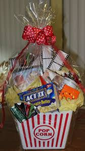 Halloween Baskets Gift Ideas Best 25 Movie Night Gift Basket Ideas On Pinterest Movie Basket