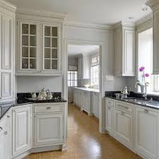 kitchen crown moulding ideas kitchen cabinet crown molding design ideas
