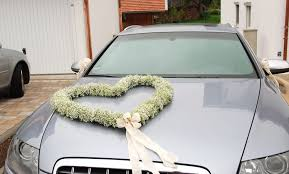 wedding car decorations heart of gentle white flowers wedding car decoration