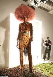 chicos models hair models wear cotton candy wigs at new york fashion week daily